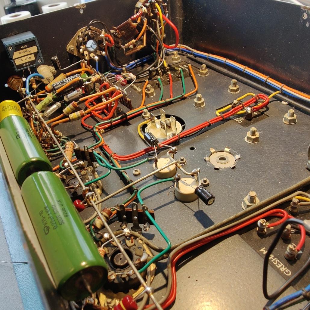 Beam Echo Avantic DL7 35 inside Vintage Audio Repair1