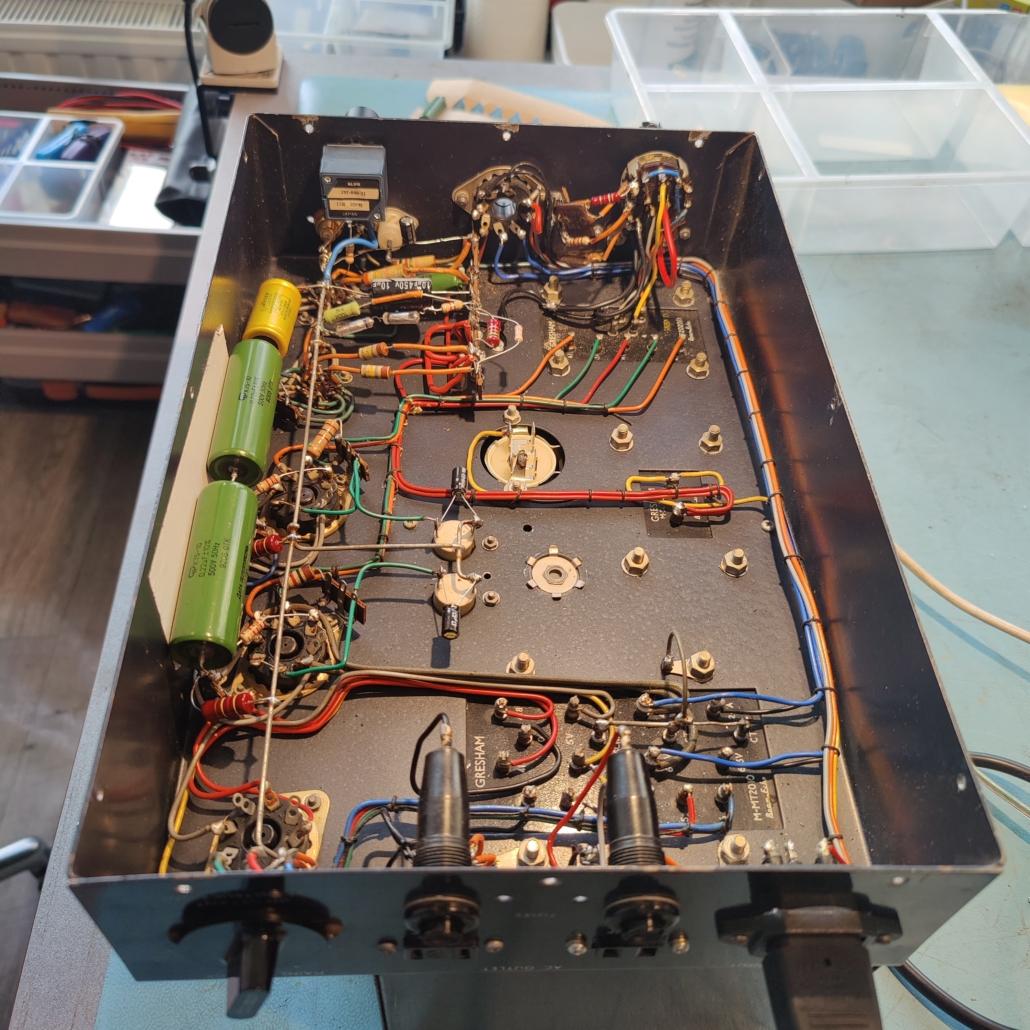 Beam Echo Avantic DL7 35 inside Vintage Audio Repair3