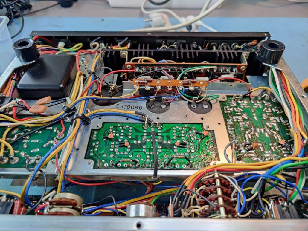 Marantz 1060 revisie Vintage Audio Repair 12 1