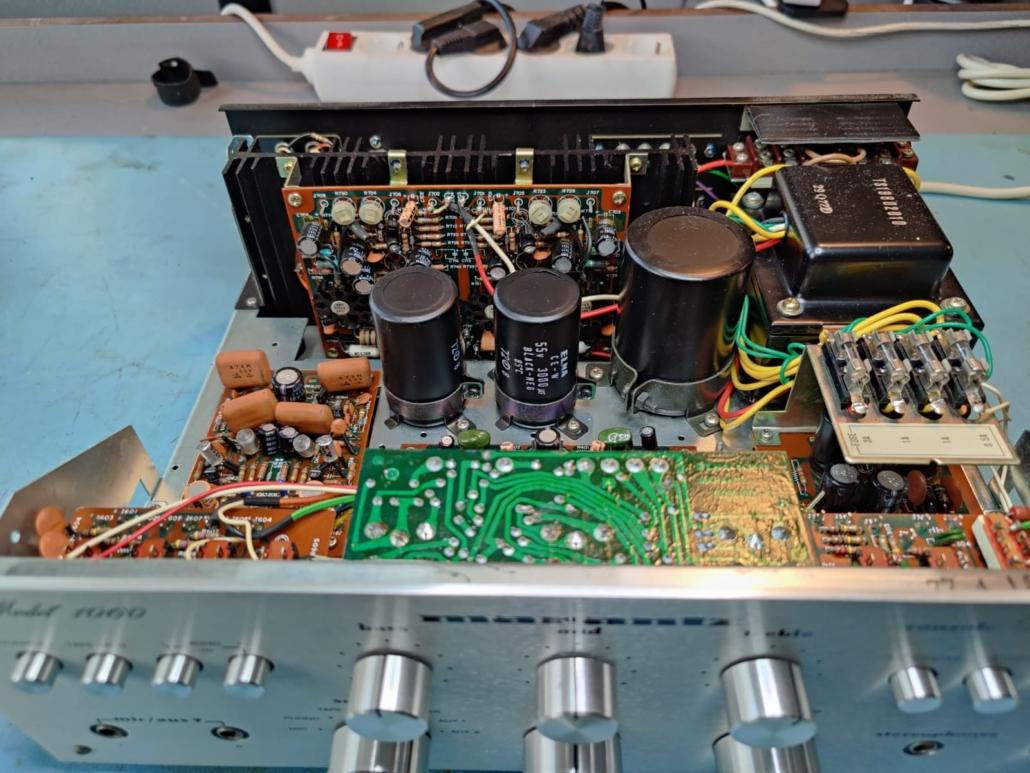 Marantz 1060 revisie Vintage Audio Repair 13 1