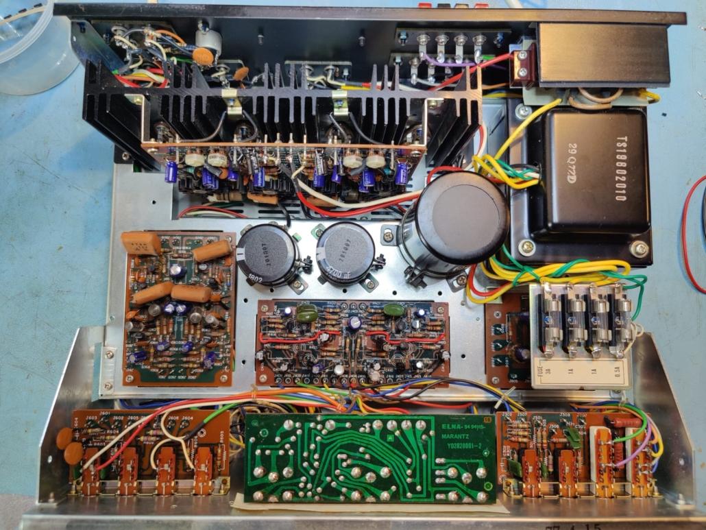 Marantz 1060 revisie Vintage Audio Repair 4 1