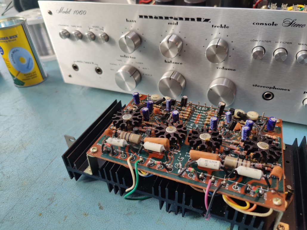 Marantz 1060 revisie Vintage Audio Repair 6 1