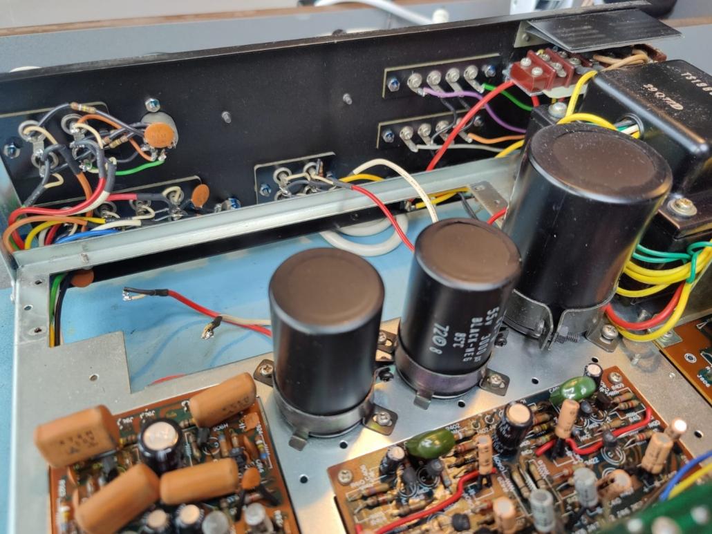 Marantz 1060 revisie Vintage Audio Repair 7 1