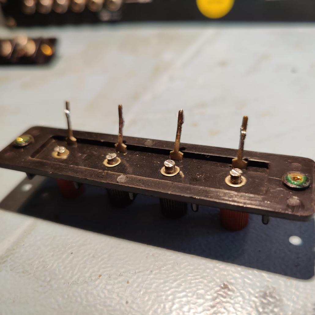 Luxman L30 L31 speakerterminals Vintage Audio Repair 13