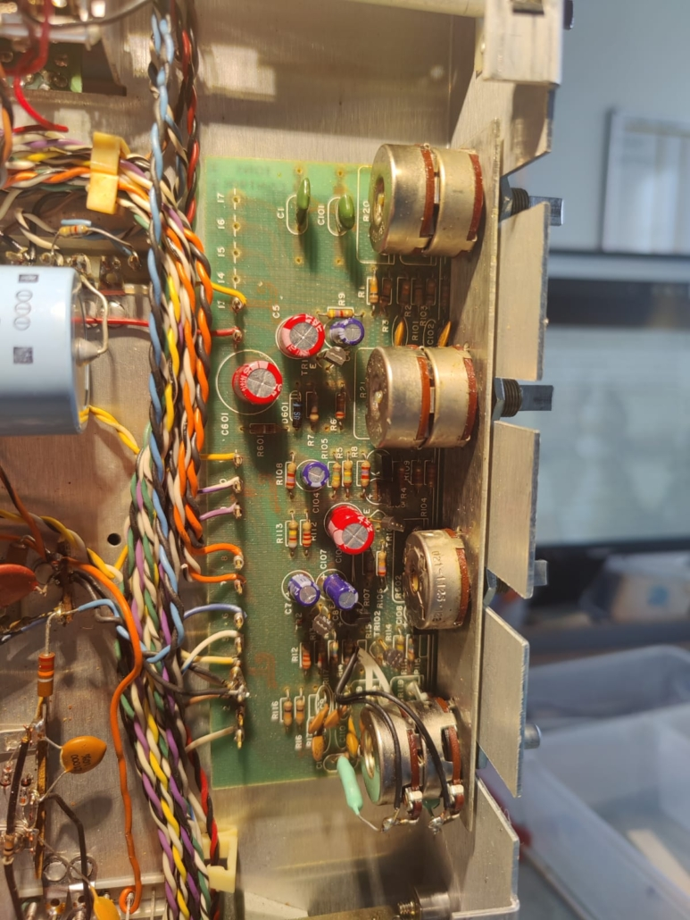 H.H. Scott R75S Vintage Audio Repair 10