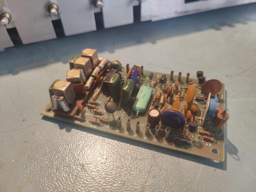H.H. Scott R75S Vintage Audio Repair 14