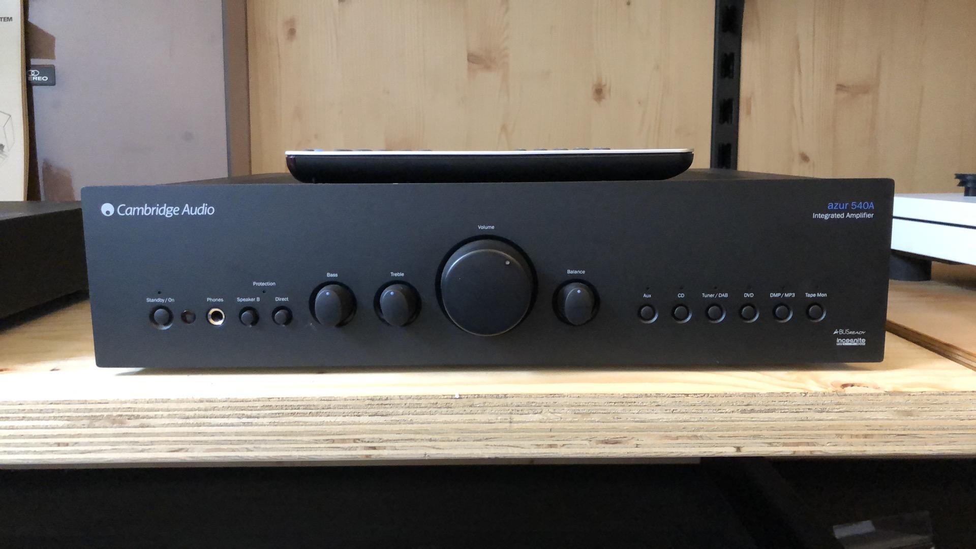 Cambridge Audio Azur 540A versterker incl AB ACTIE 1