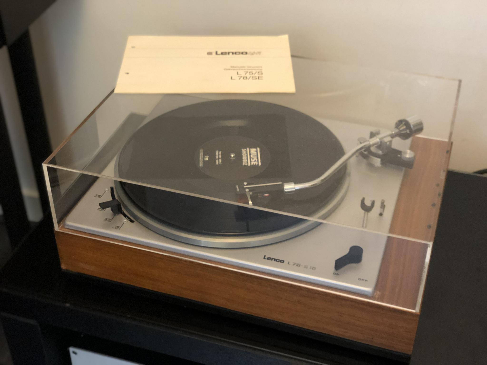 Lenco L75S16 Vintage Audio Repair 4